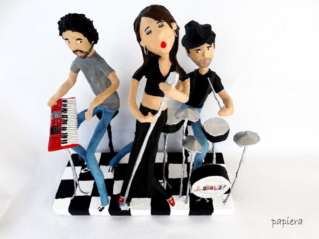 laroja band